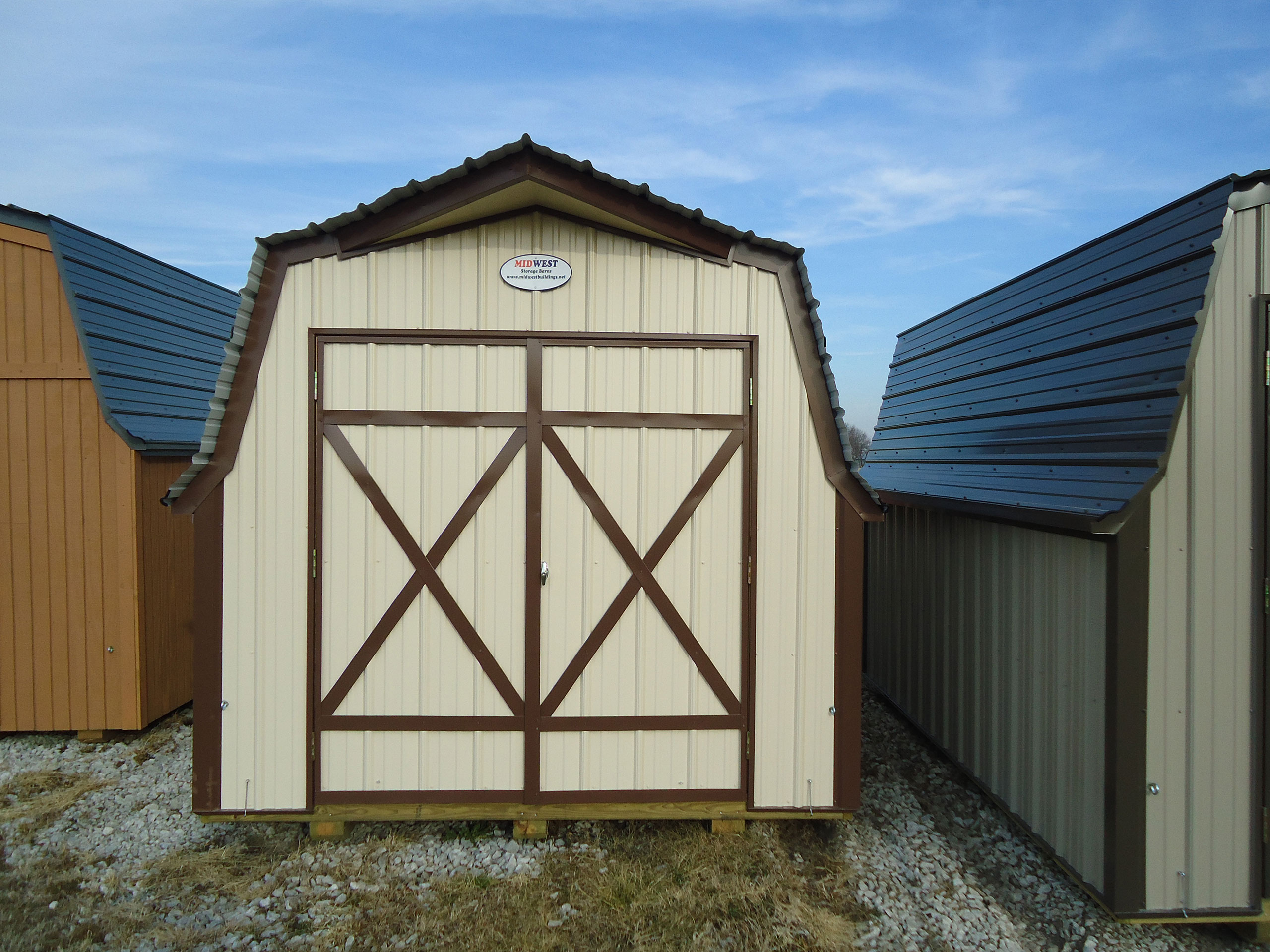 Mini barns midwest storage barns for Small metal barns