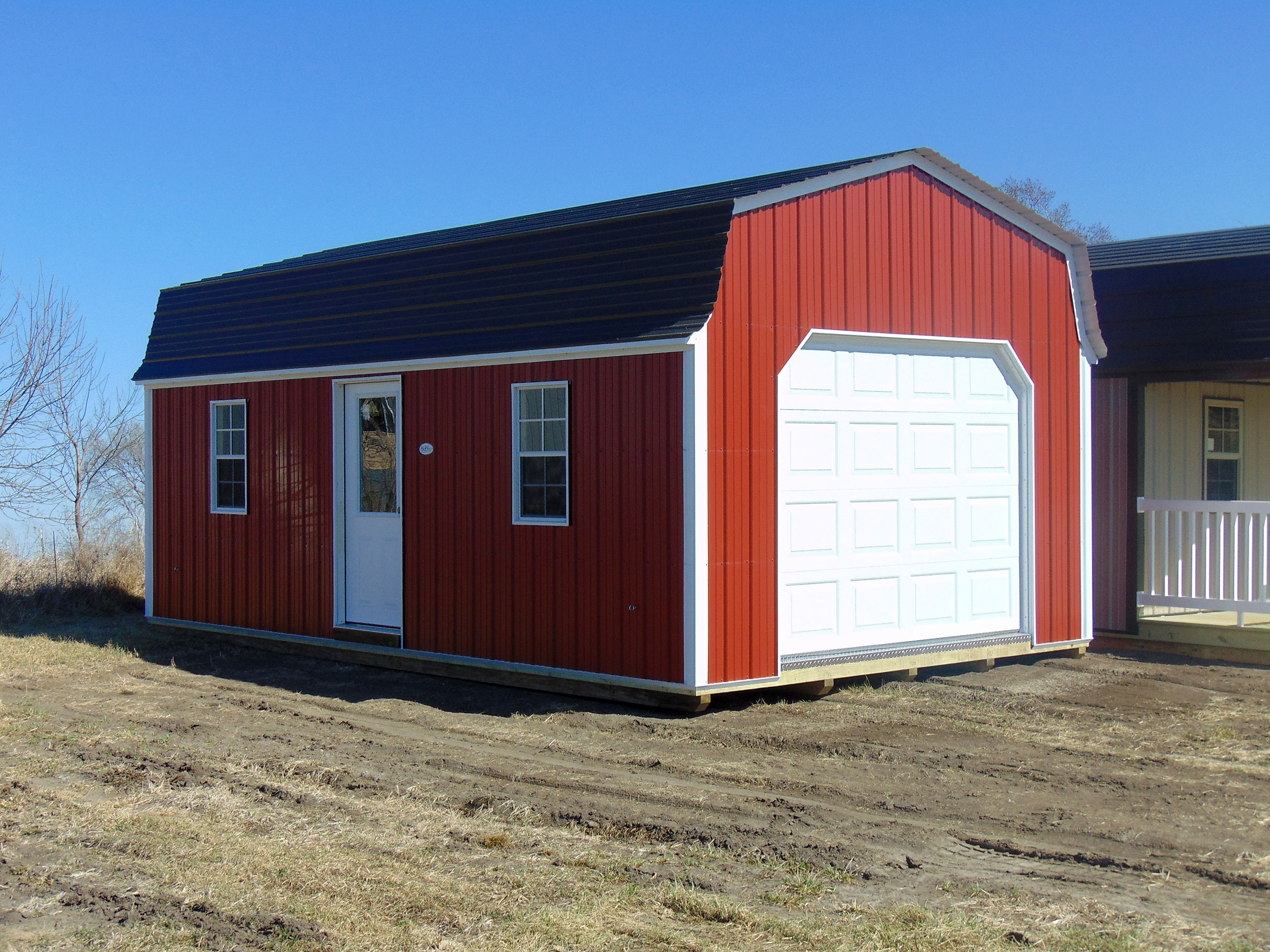 Gambrel lofted garages midwest storage barns for Lofted garage
